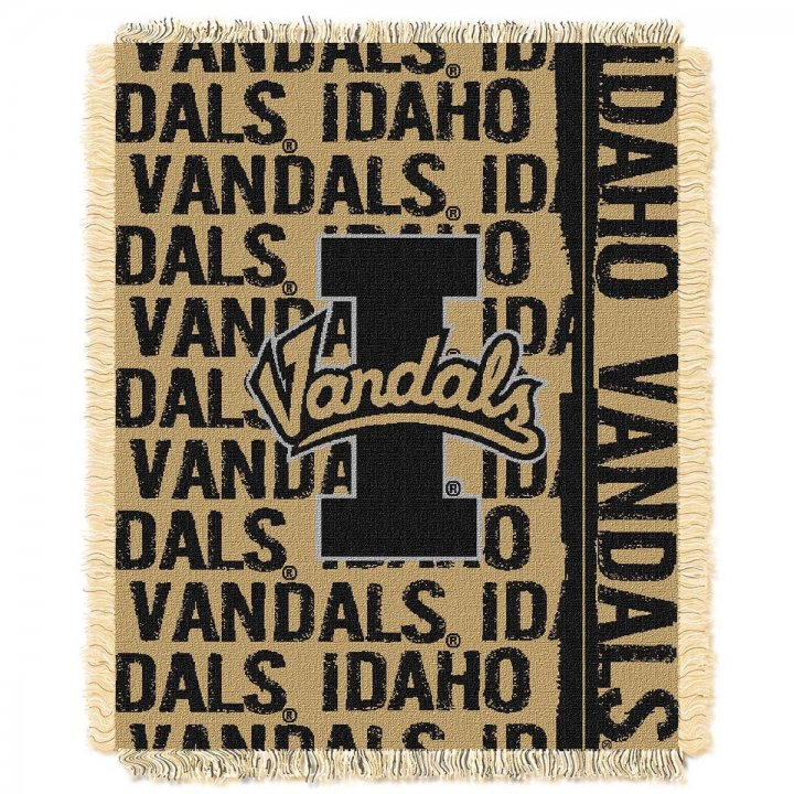 Idaho Vandals Double Play Throw