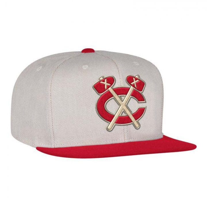 Mitchell & Ness Chicago Blackhawks Cream Oxford Fitted Hat (Ivory)