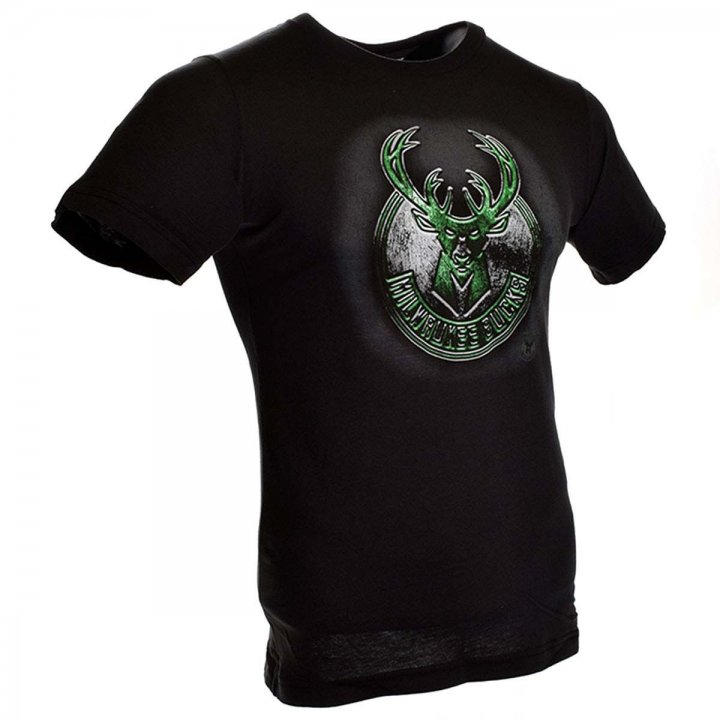 Milwaukee Bucks Roaring Glory T-Shirt (Black)