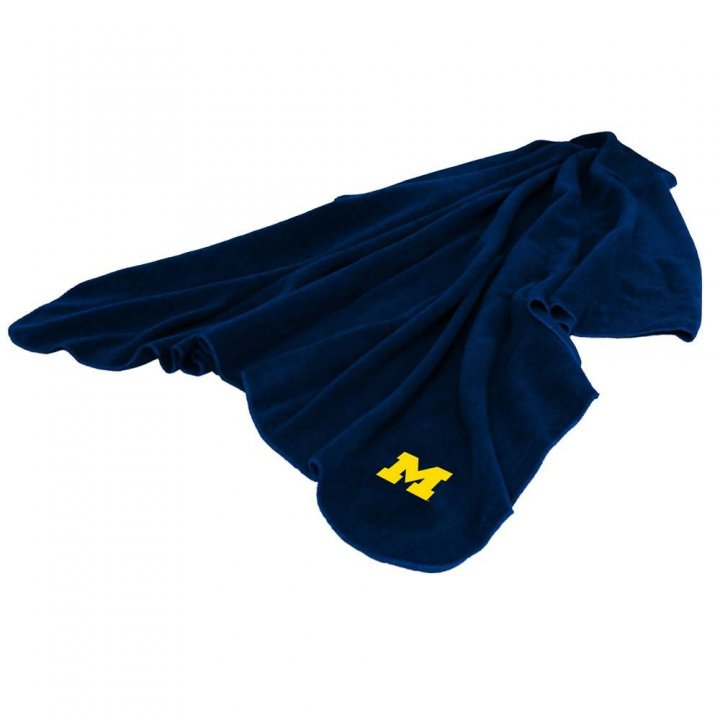 Michigan Wolverines Huddle Throw Blanket