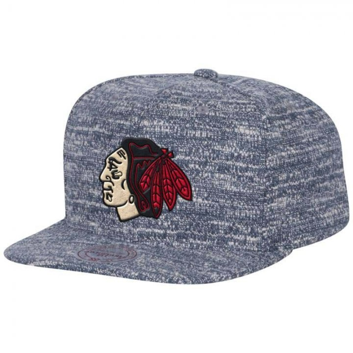 Mitchell & Ness Chicago Blackhawks Grey Noise Snapback Hat (Gray)